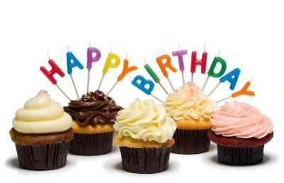 Happy Birthday, Ali! Birthday-cupcakes