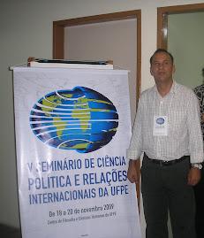 PROFº Adailton  no V Seminário de  Ciêcia Política e  Relações Internacionas - UFPE