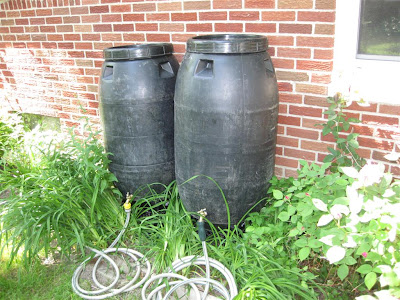 diy, make rain barrel, plastic, hose, tube, gutter, downspoutplastic