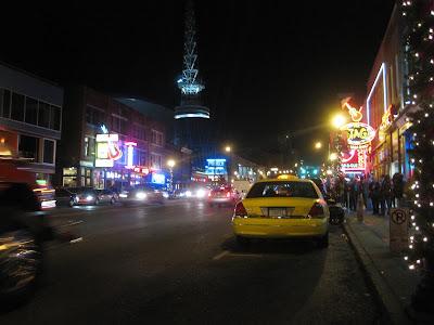 downtown nashville, main street, at night, music, bars