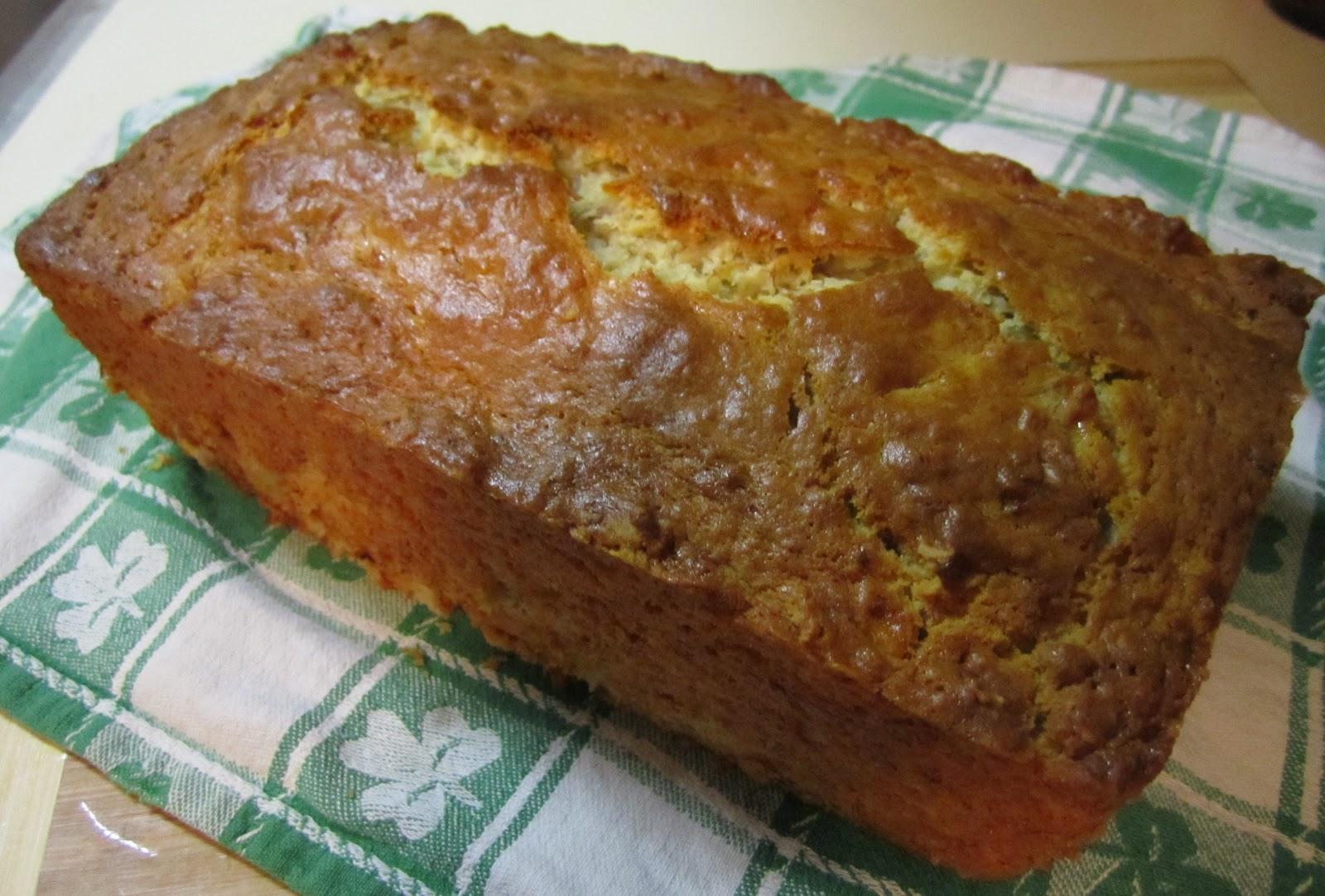 The Irish Mother: Sour Cream Banana Bread