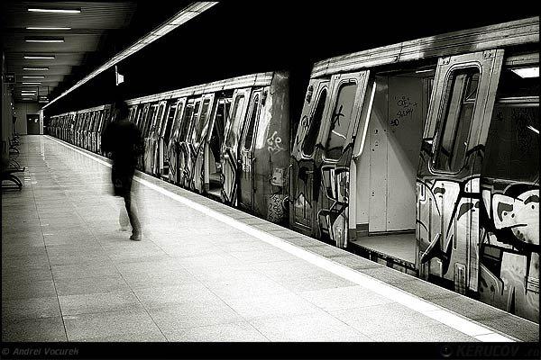 Care sunt statiile de metrou din Bucuresti in care te poti duce la toaleta