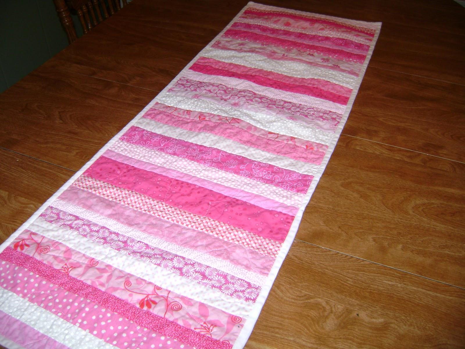 Always sew love valentines table runner for Diy valentine table runner