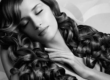mujer belleza cabellos
