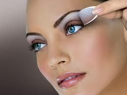 Como maquillarte según tu tipo de ojos