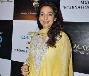 WE LOVE SRK* Fun Blog,: SRK's name is enough to create buzz: Juhi Chawla