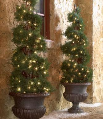 Arbol navide o espiral decoracion de puertas ventanas for Decoracion navidena puertas y ventanas