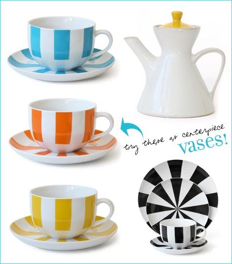 Decorar la cocina con tazas a rayas con muchos colores - Decoracion de tazas ...
