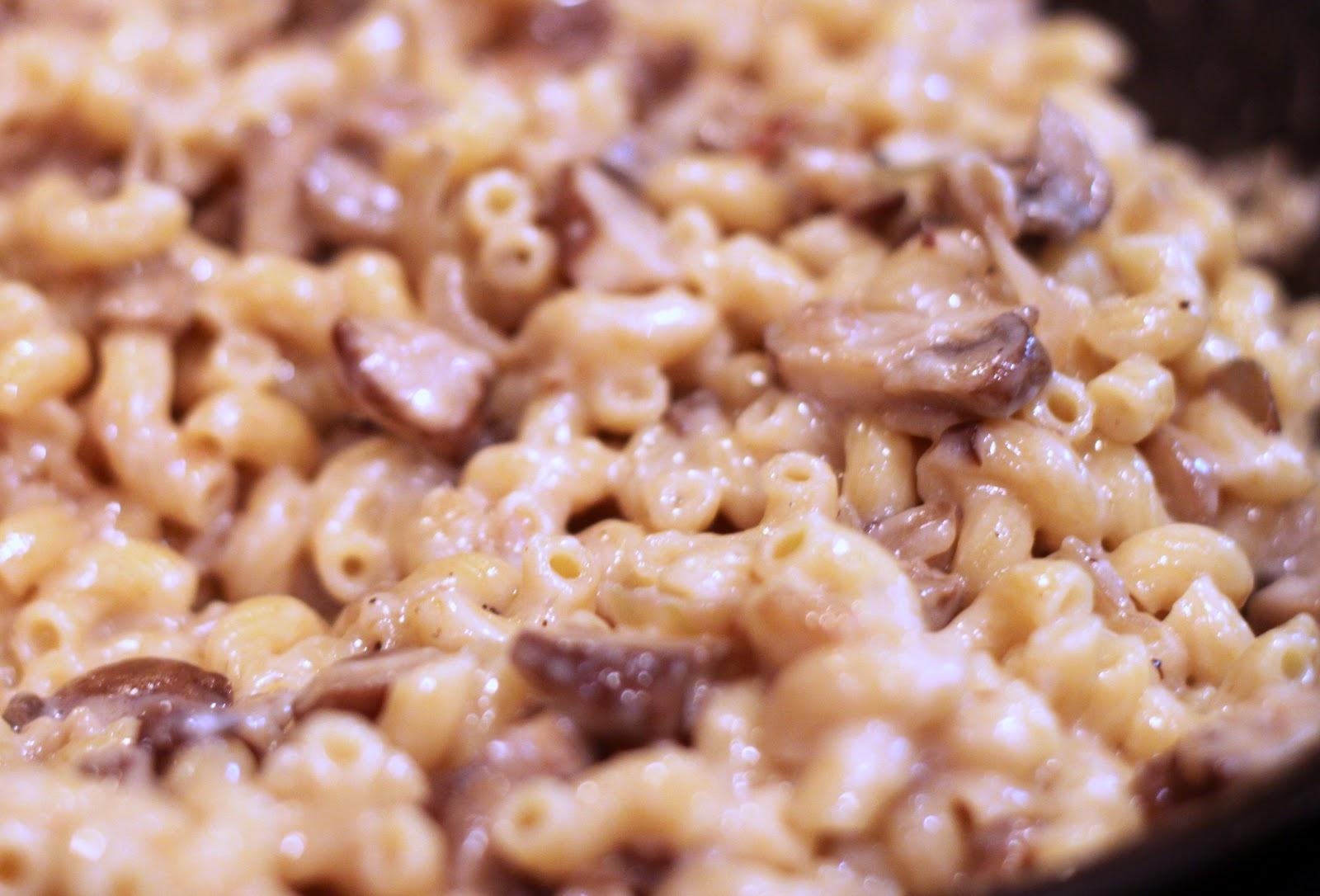 Good Clean Fun: Brie and Mushroom Mac and Cheese