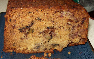 Cuisine with chilean flavor banana bread with walnuts optional toast the slices of banana bread dust with confectioners sugar and serve source food network recipe courtesy of tyler florence forumfinder Gallery