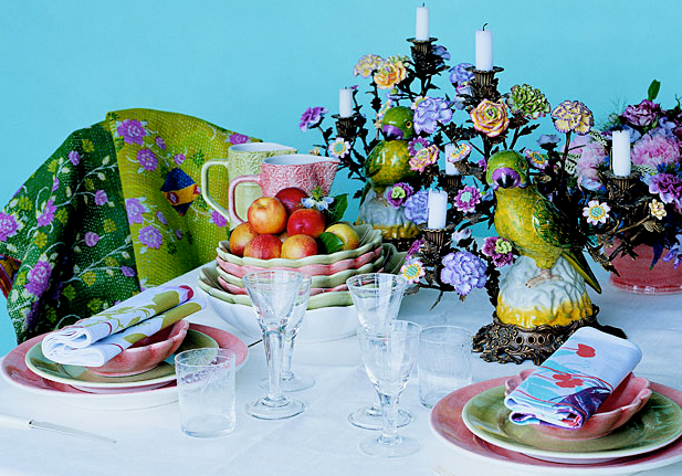 What defies a perfect table setting?