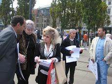وقفة تضامنية مع اسر شهداء ضحايا مذبحة ابوسليم في مانشستر يوم السبت بتاريخ 9 اكتوبر 2010