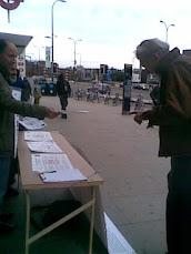 وقفة تضامنية مع اسر شهداء ابوسليم بغرب لندن 13 نوفمبر 2010