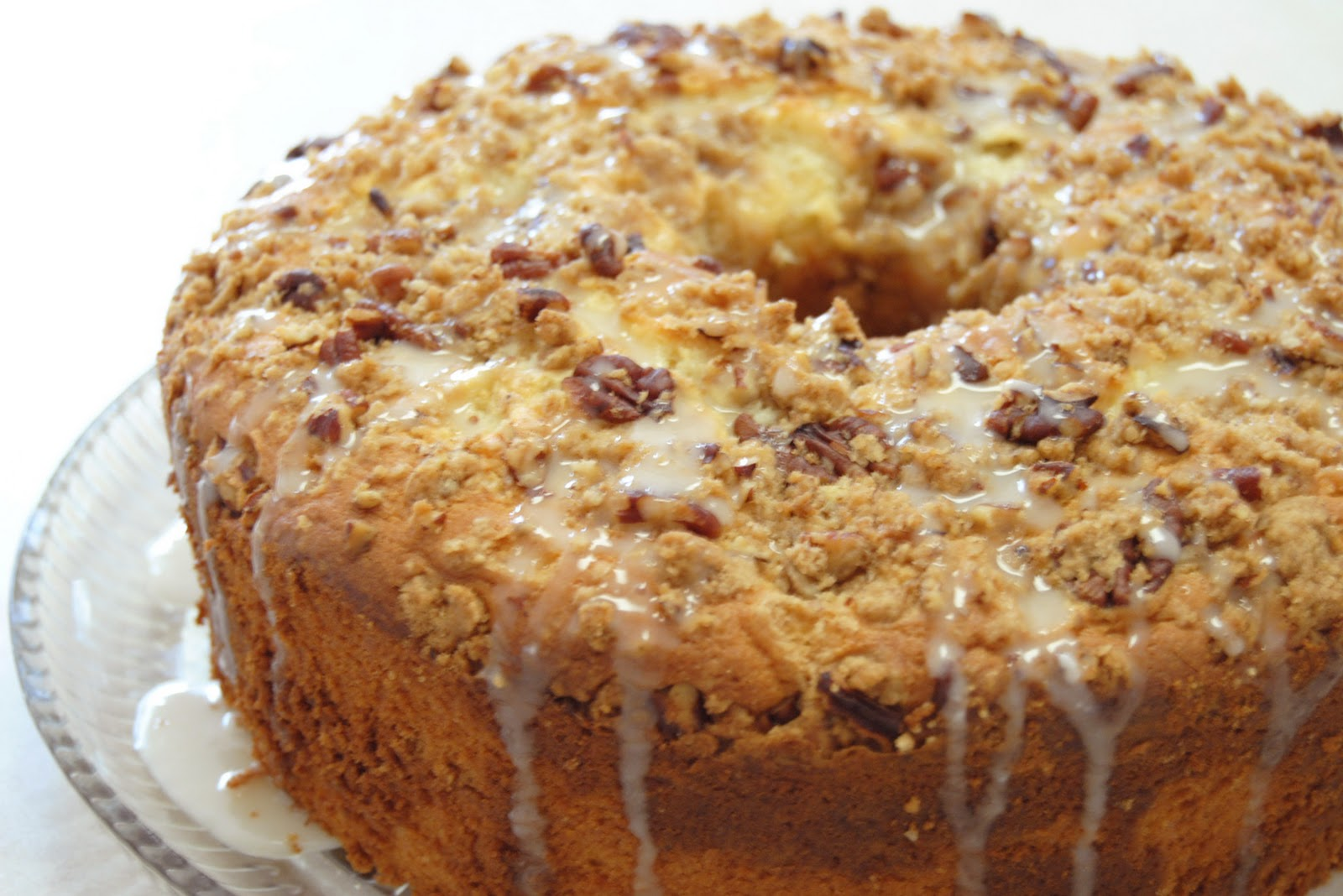 thebakedbeen: sour cream coffee cake