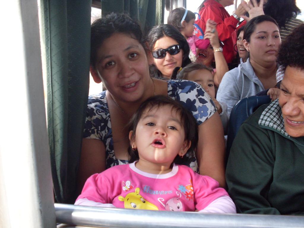 Jardin infantil piolin fel z dia de las familias for Jardin infantil serrano 78