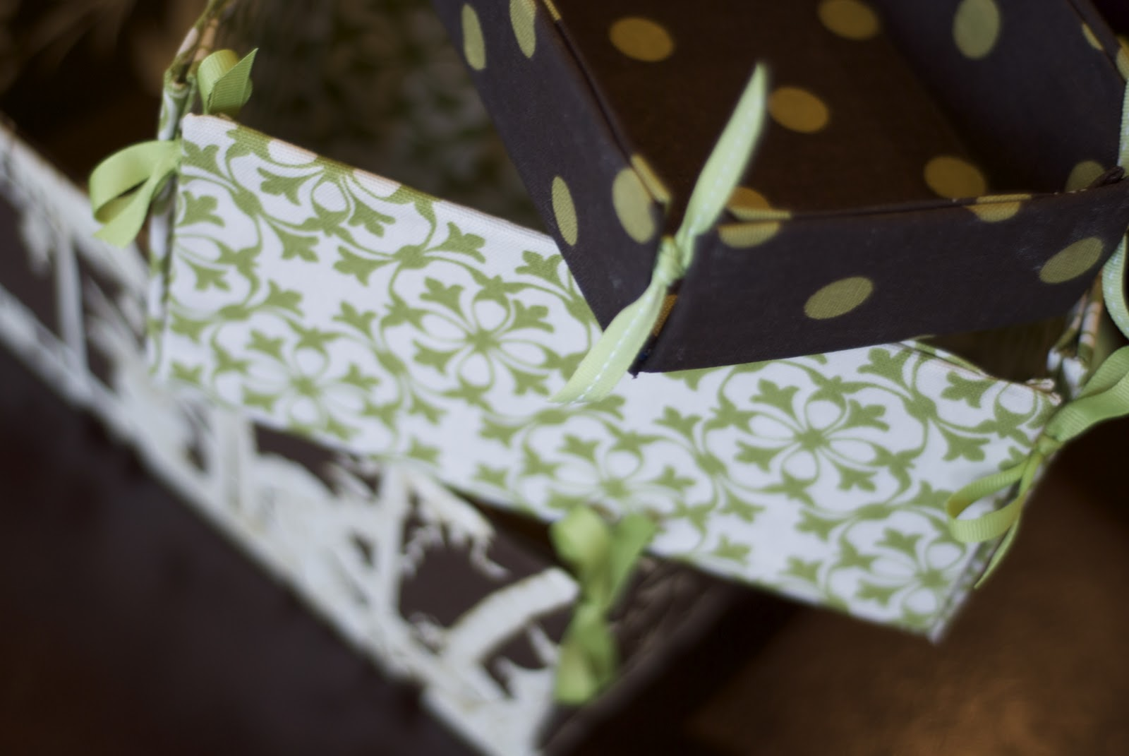 The smallest sparrow tutorial fabric covered boxes with for Fabric covered boxes craft