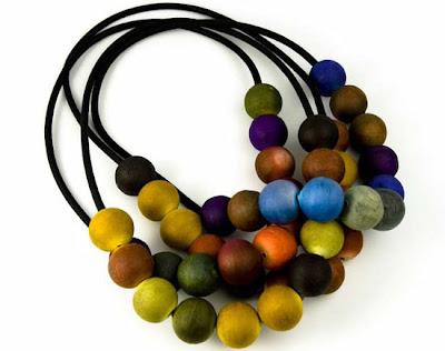 Ana_Hagopian_paper_jewelry@marielscastle.blogspot.com