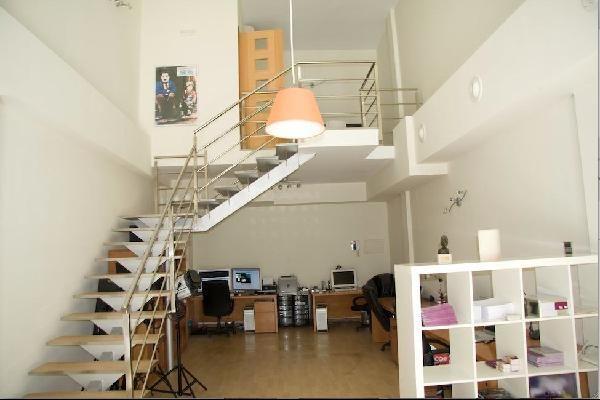 Nieve y monta a loft vivienda u oficina equipado en for Oficina de correos las rozas
