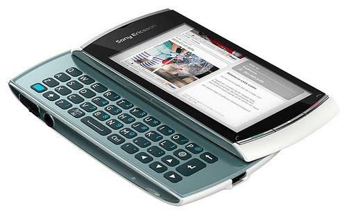 sony ericsson vivaz pro white. Sony Ericsson Vivaz Pro With