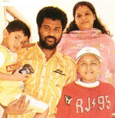 Actor Prabhu Family http://24snaps.blogspot.com/2010/12/prabhu-deva-indian-michael-jackson.html