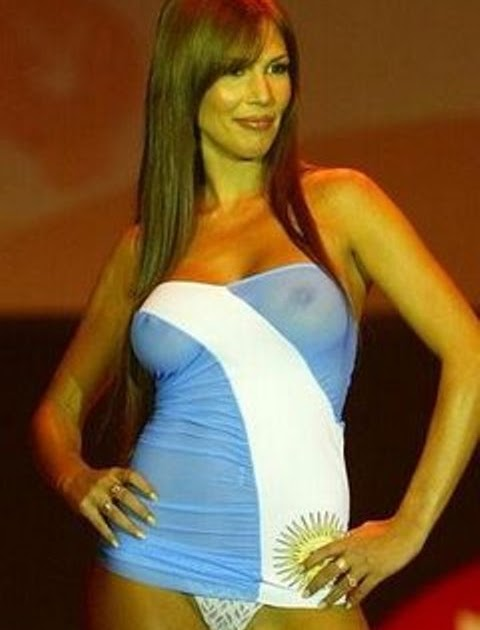 TOPLESS ARGENTINAS FAMOSAS: Celina Rucci en Topless