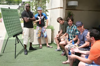 The cast of The League with Chad Ochocinco