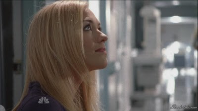Yvonne Strahovski back in blonde
