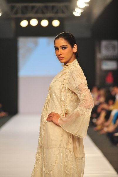 11034 172230354142 500729142 2865973 2175668 n - SANAM CHAUDHRY collection