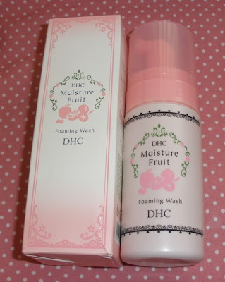 DHC Moisture Fruit Foaming Wash