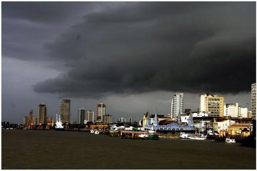 Resultado de imagem para céu tempestade em belém