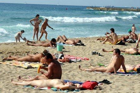 Jovencitos En Playa Nudista - Porno TeatroPornocom