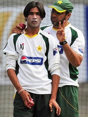 Waqar Younis Pak coach