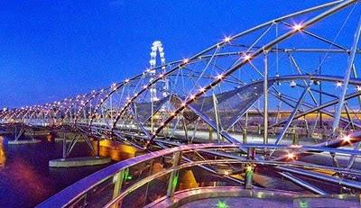 The Helix Bridge, Singapore photo