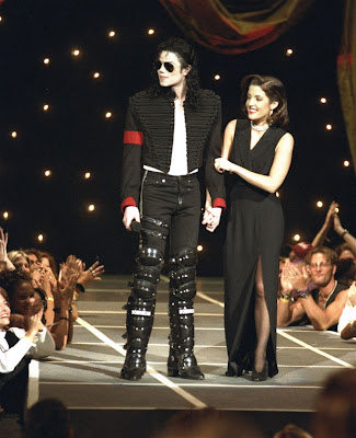 MJ and Lisa Stills
