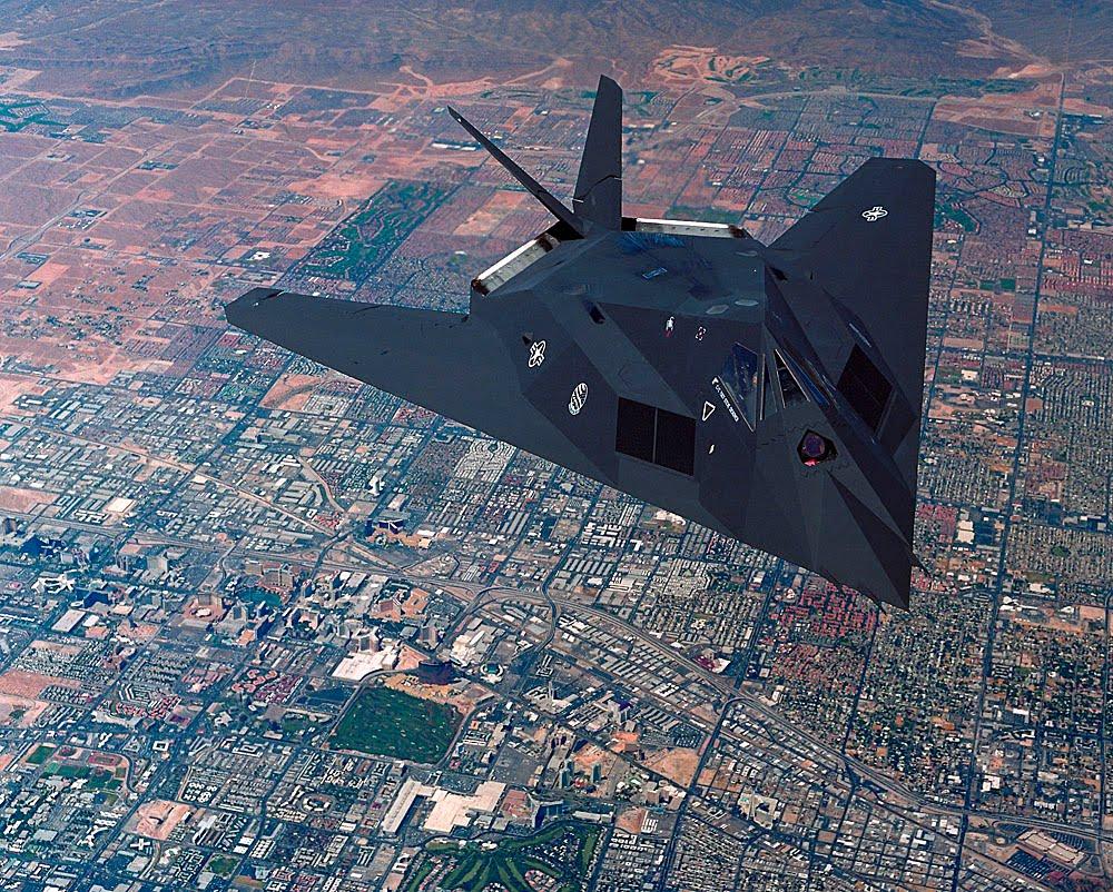 F 117 Nighthawk At Night caza furtivo f‑117�...