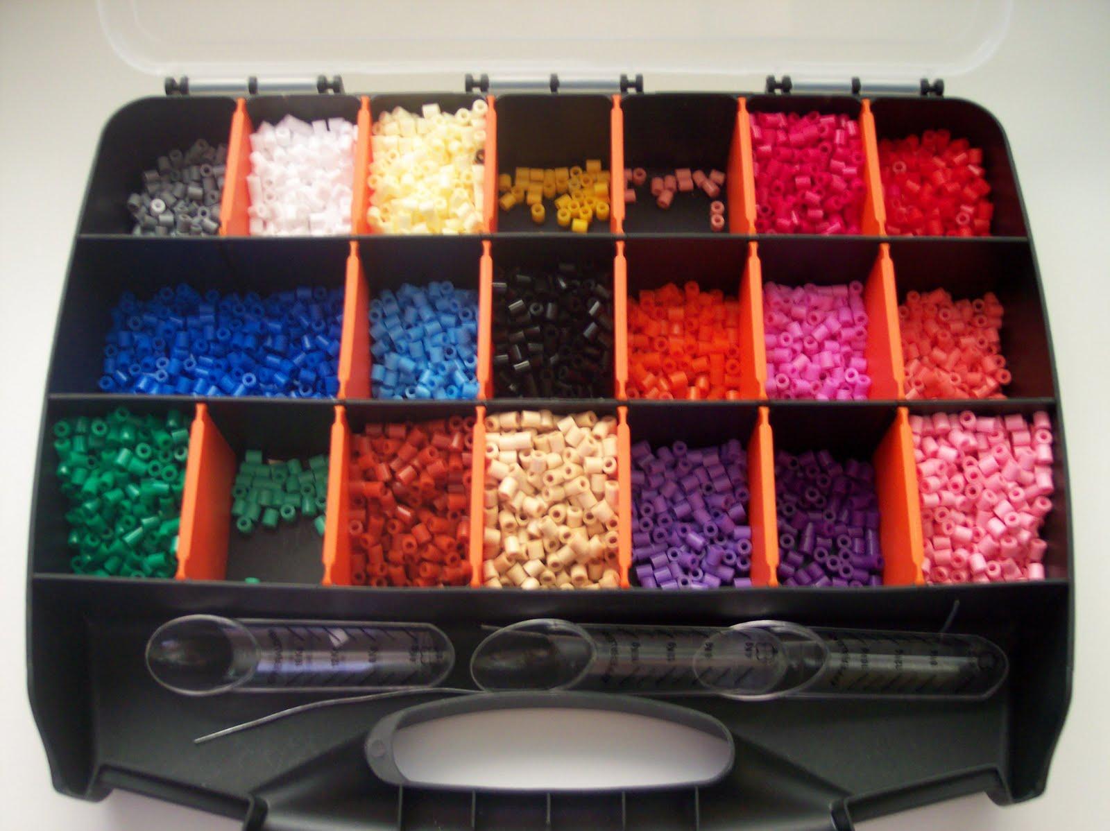 Enanosaltar n hama beads - Que colores pegan ...