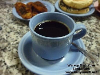 """Kuliner 123 - Warung Kopi """"CHEK YUKE"""", Banda Aceh"""