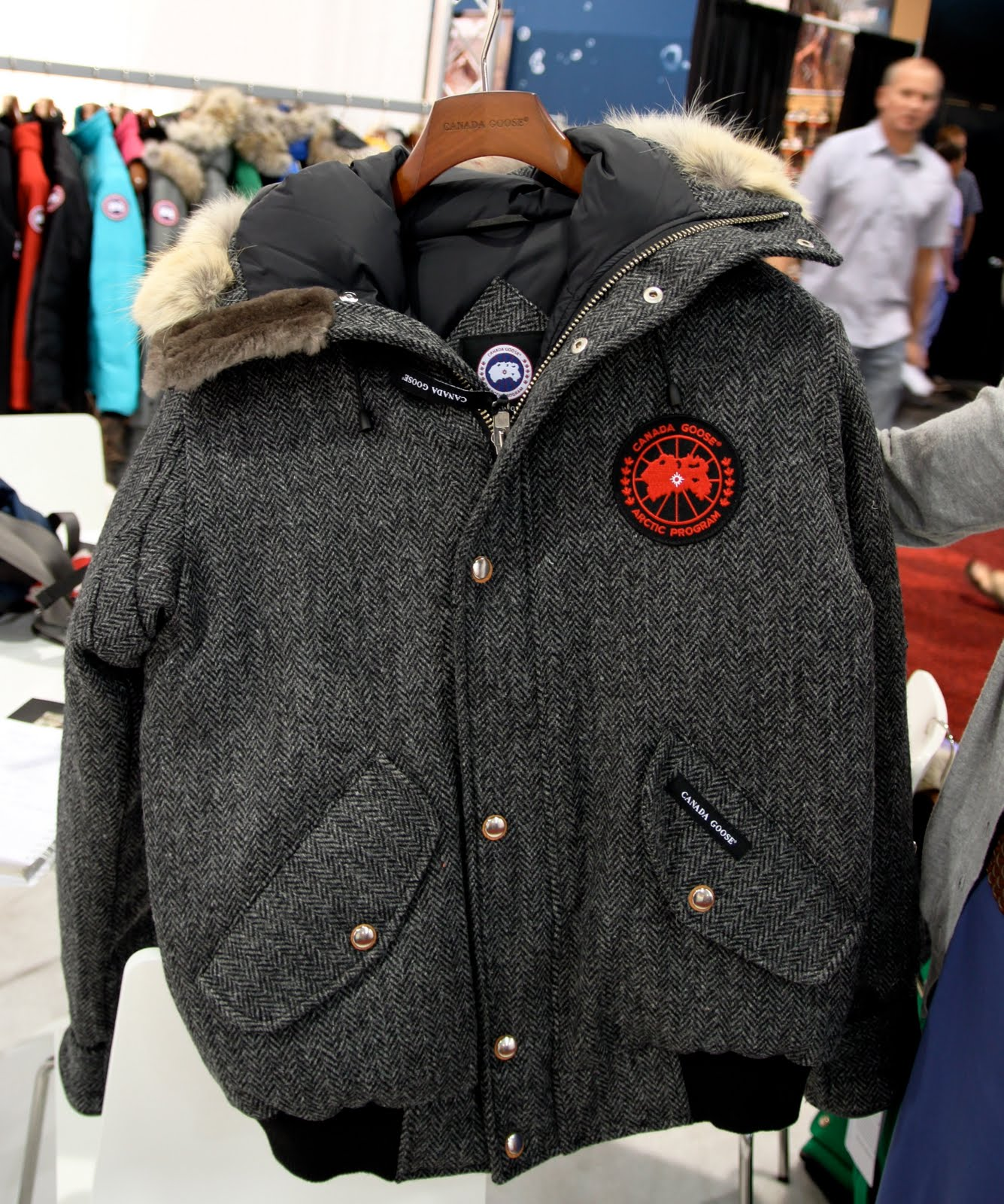 Canada Goose trillium parka sale official - LYRA MAG.: CANADA GOOSE LUXURY OUTERWEAR Men's & Women's 2010/2011