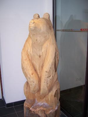 Ours sculpture sur bois