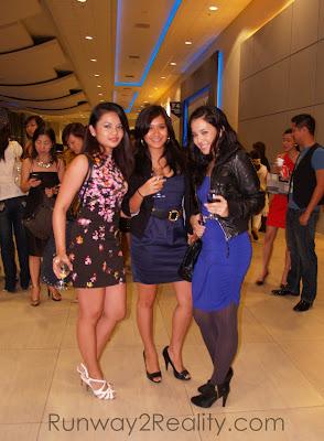 Vicky Herrera Philippine Fashion Week Holiday 2009 SMX Style Fashionista Runway2Reality Bloggers Celebrity