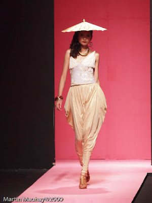 Manelle Chamian Philippine Fashion Week Spring Summer 2010 Luxewear