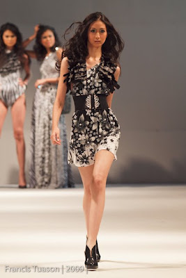 Eric Delos Santos philippine fashion week spring summer 2010