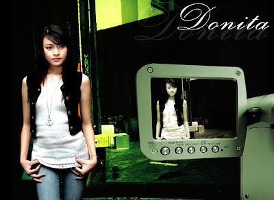 Foto Donita Tidak Pakai BRA, BH dan CD | Situs Resmi Foto Gambar Artis ...