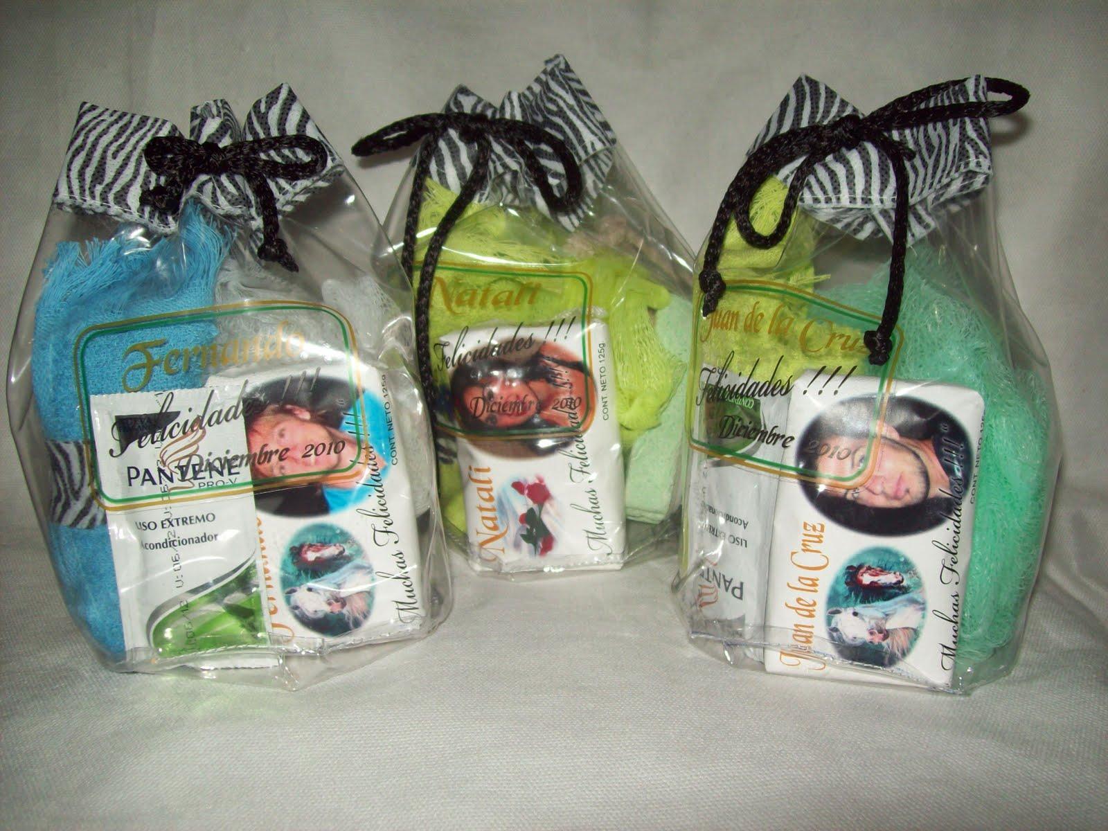 Set De Baño Souvenirs:Set de Baño ( Jabón ,Toallita ,Cepillo de Uña )
