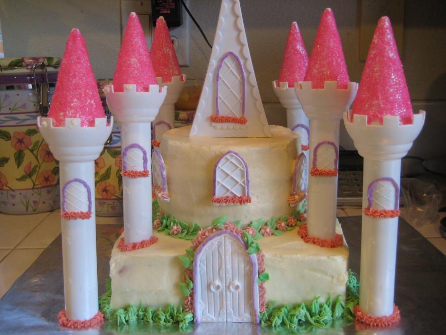 [castle+cake+2.jpg]