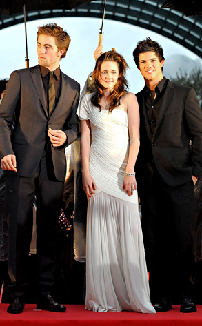 kristen stewart robert pattinson photo. Robert Pattinson, Kristen