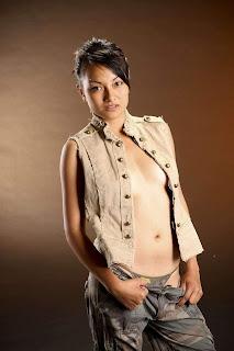 artis bugil indonesia majalah popular 3