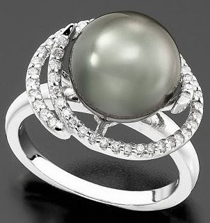 White Gold Ring Tahitian Pearl & Diamond Petal
