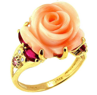 Yellow Gold Large Flower Ring