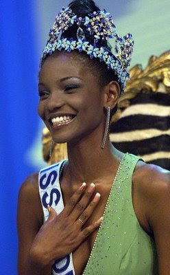 MISS WORLD HISTORY - Page 3 2001Agbani+Darego+-+Nigeria